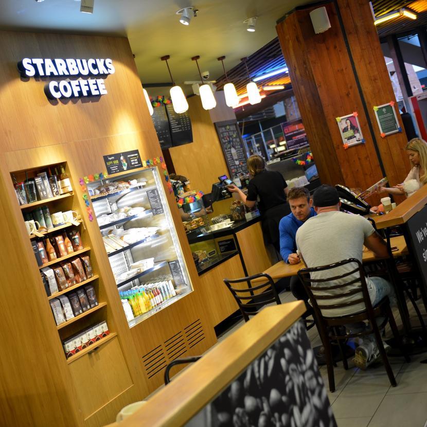 Starbucks Xscape Ext Int