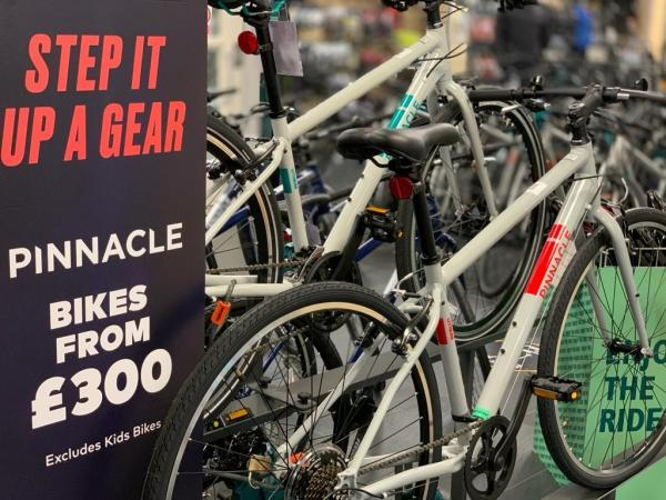evans cycles at xscape yorkshire